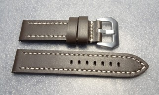 ThickLeatherStrap_04